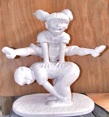 彫刻 「ジャンプ」